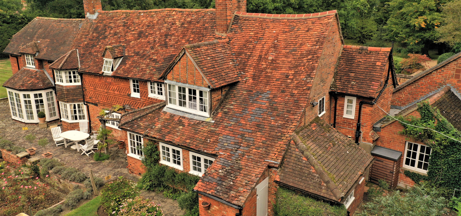 Farmhouse in Berkshire survey